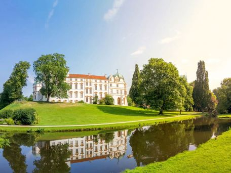 Schlosspark in Celle - © pure-life-pictures/Fotolia.com